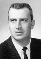 Carl J Breidenich