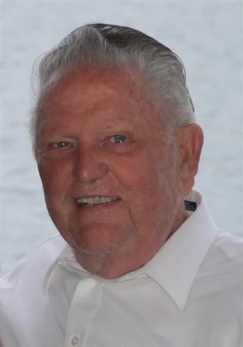 Dr. Robert W Lohr